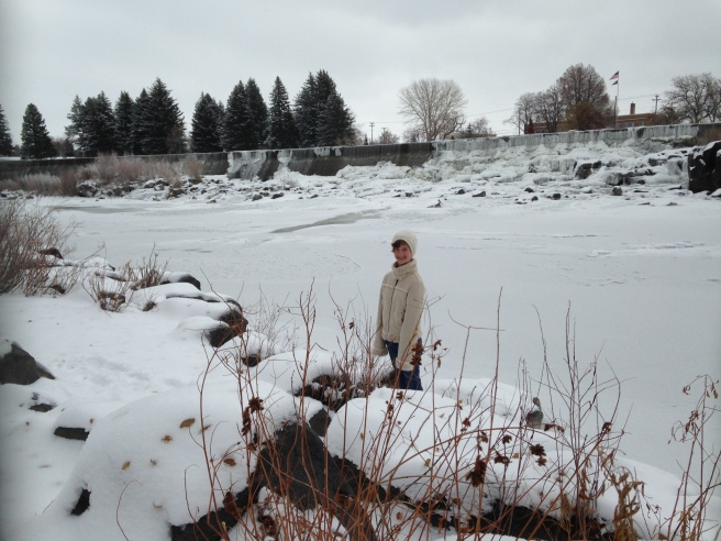 Livi at the frozen Snake River!
